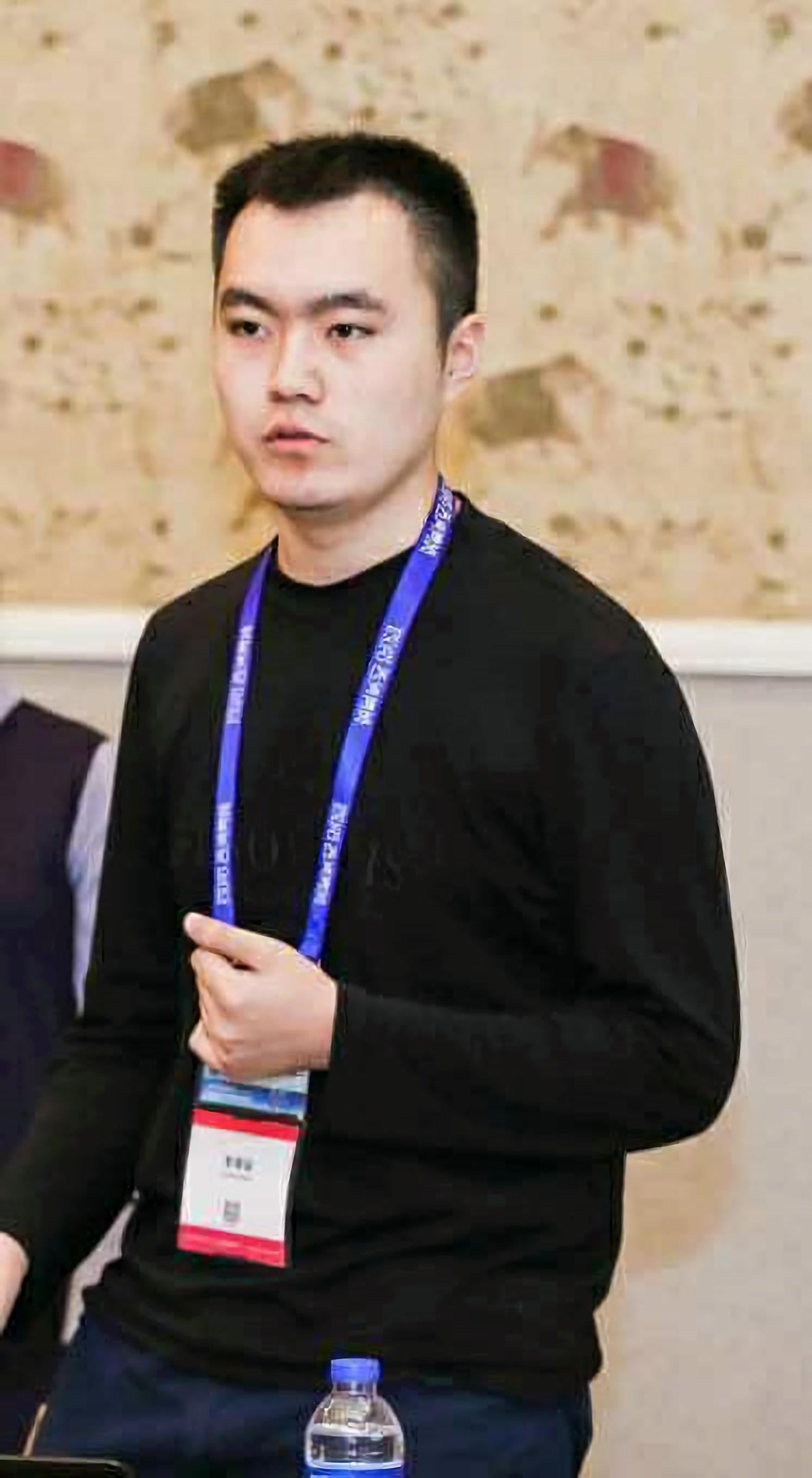 Bingchen Zhao